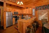 2 Bedroom Cabin with Luxurious Kitchen and Bar