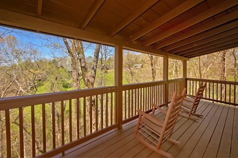 2 Bedroom Cabin with View of Pigeon Forge - Southern Comfort