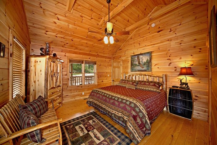 Spacious King Bedroom - Southern Style
