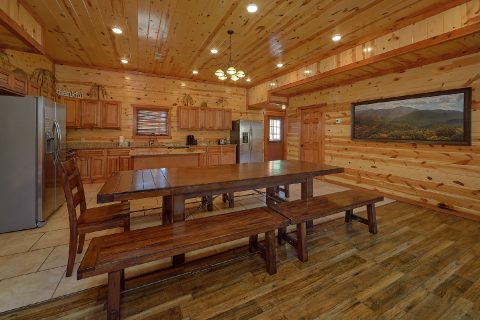 Smoky Mountain Ridge 6 Bedroom IndoorPool Cabin - Splash Mountain Chalet