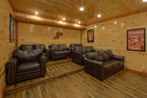 Splash Mountan Chalet 6 Bedroom Cabin Sleeps 20 - Splash Mountain Chalet