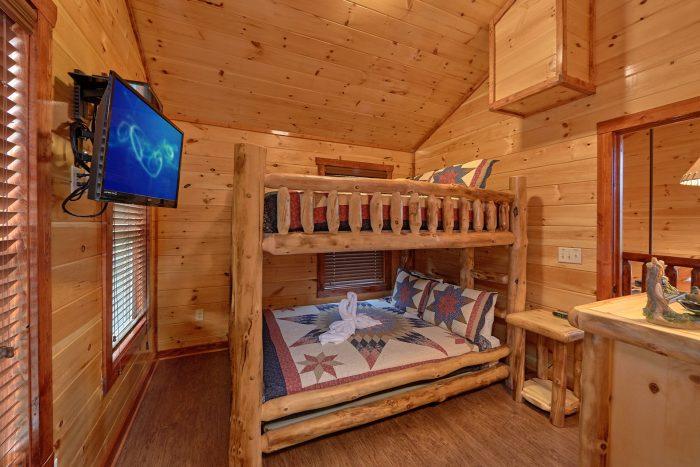 Premium Cabin with Pool that sleeps 8 - Splash Mountain Lodge