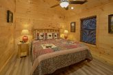 Luxury cabin with Private King Bedrooms