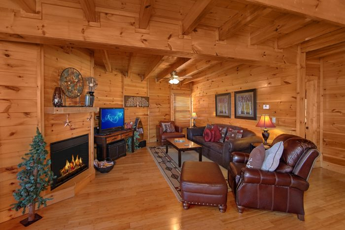 Luxurious 3 Bedroom Cabin with Fireplace - Star Gazer