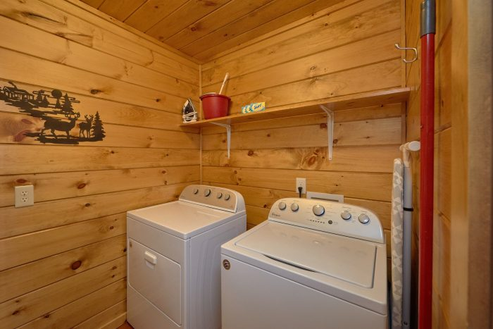 Full Size Washer and Dryer - Sugar Bear View