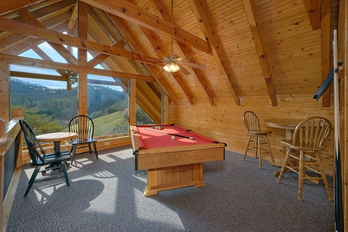 Pool Table with Views - Suite Retreat