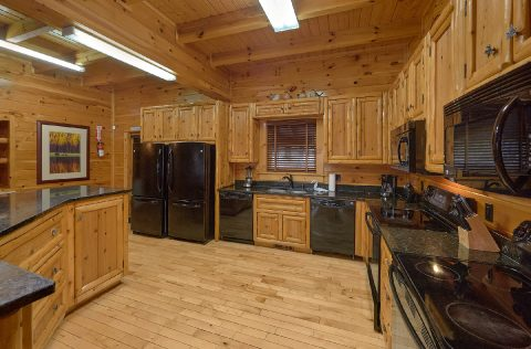 Kitchen with 2 stoves and double refrigerators - Summit View Lodge