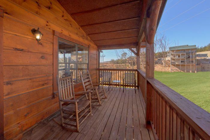 3 Bedroom Cabin with Resort Firepit Access - Sundaze