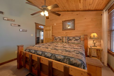Smoky Mountain Cabin with King Bed - Sundaze