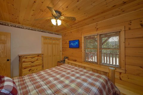 3 Bedroom Cabin Sleeps 8 TV in All Bedrooms - Sweet Mountain Air