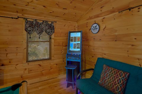 3 Bedroom with Pool Table and Arcade Game - Sweet Mountain Air