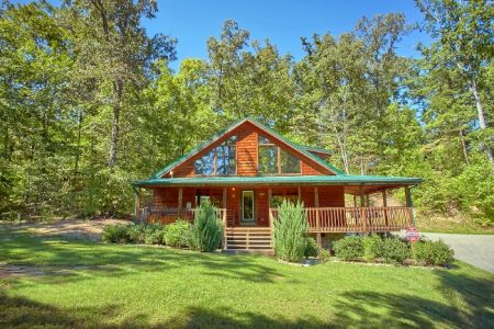 Tucked Away: 2 Bedroom Sevierville Cabin Rental