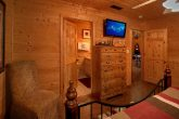 Cabin with Private King Bedroom and Bathroom