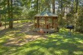 Luxury 2 Bedroom Cabin with Gazebo and Grill