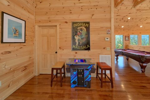 Indoor Pool Cabin with Arcade and Pool Table - Swimming Hole