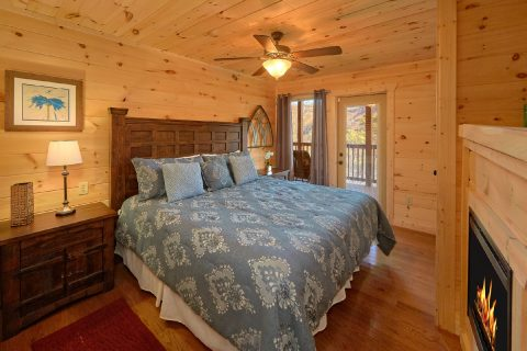 Main Floor Master Bedroom - Swimming Hole