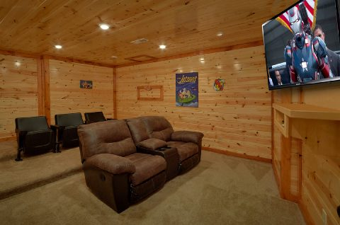 6 Bedroom Cabin with Theater Room - Swimming in the Smokies