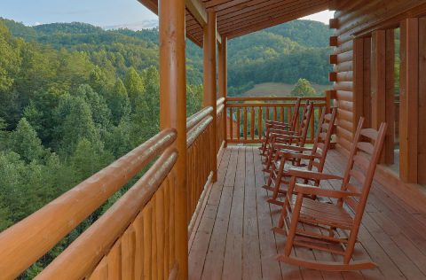 Smoky Mountain Cabin with Deck & Rocking Chairs - Swimming in the Smokies