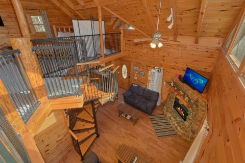 Spacious 1 Bedroom Cabin near Gatlinburg - Tennessee Dreamin