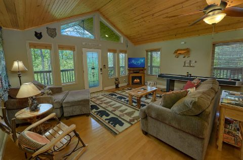 2 Bedroom Cabin in the Smokies Sleeps 4 - Tennessee Tranquility