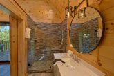 Luxurious bathroom in 1 bedroom honeymoon cabin