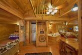 Open Floor Plan 2 Bedroom Cabin Sleeps 5