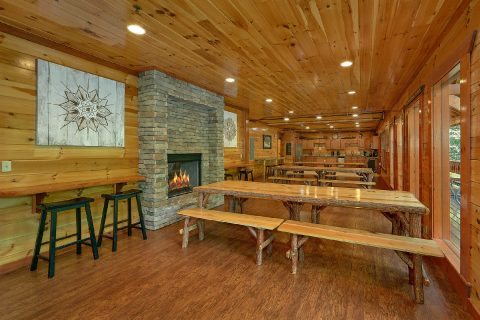 Spacious dining room for 40 in group size cabin - The Big Lebowski