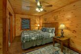 11 bedroom cabin with Master King Bedroom