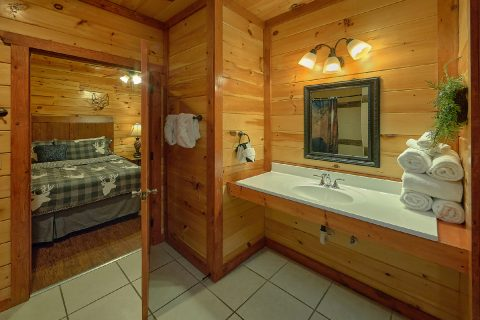 Master Bedroom with Bath on main level in cabin - The Big Lebowski