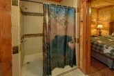 11 bedroom cabin with luxurious master bath