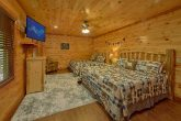 11 bedroom luxury cabin with King bedroom for 4