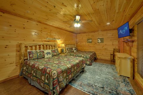 Room with 2 King beds and bath in cabin rental - The Big Lebowski