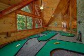 9 hole putt putt game in 11 bedroom cabin rental