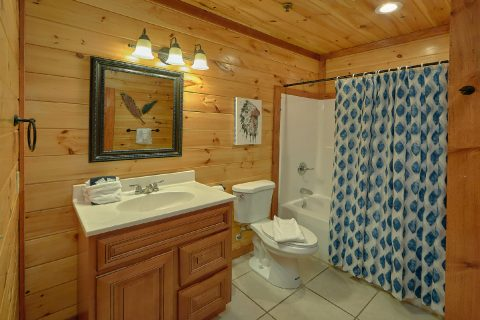 Luxurious cabin rental with 9 and a half baths - The Big Lebowski