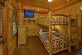 11 bedroom cabin rental with queen bunkbeds