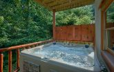Luxurious 11 bedroom cabin with 2 Hot Tubs