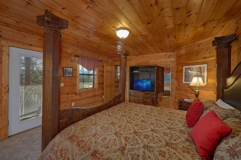 4 Bedroom Sleeps 8 TV's in Every Room - The Gathering Place