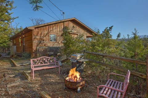 4 Bedroom 3 Bath Cabin with Fire Pit - The Gathering Place