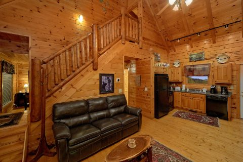 The Simmit 4 Bedroom Cabin with Views - The Majestic