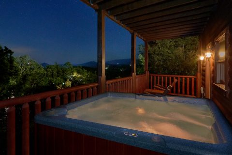 4 Bedroom with Private Hot Tub - The Majestic
