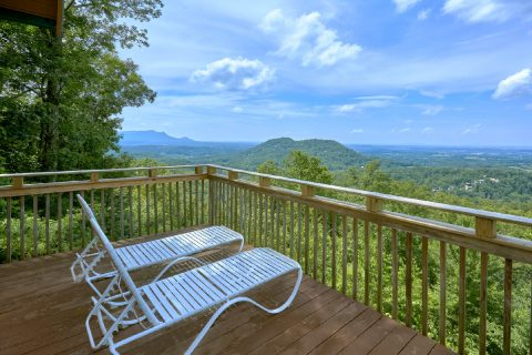 Spectacular View 1 Bedroom Cabin - The Overlook