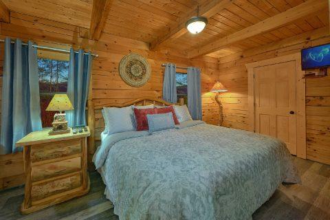 Top Floor Master Suite King Bed - The Waterlog