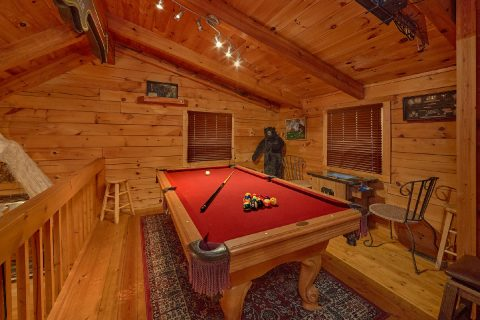 Loft Game Room with Pool Table - The Waterlog