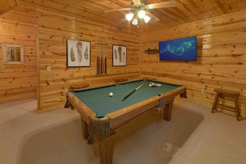 GameRoom with Pool Table - The Woodsy Rest