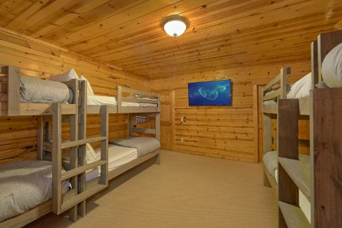 4 Bedroom 3 Bath Cabin in Summit View Sleeps 14 - The Woodsy Rest