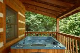 Cabin with Heated hot Tub