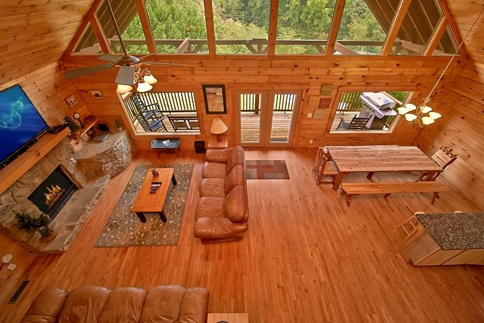 7 bedroom cabin with 4 covered porches - Timber Lodge