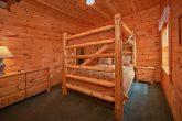 7 bedroom cabin that sleeps 22