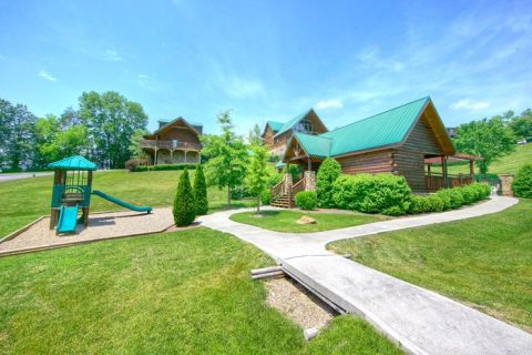 Cabin with resort playground near pool - Timber Lodge
