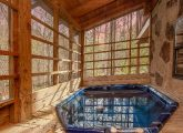 Private Hot Tub 2 Bedroom Sleeps 8